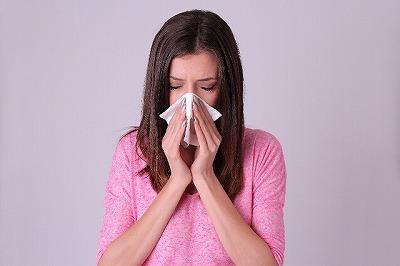 花粉アレルギーの主な症状
