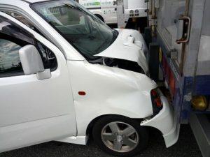 「事故車」「水没車」「不動車」の廃車費用や運搬費用などで悩んでいませんか?